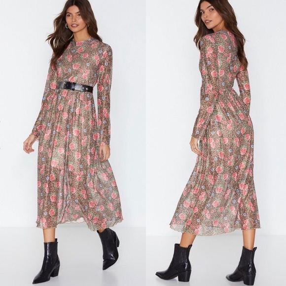 Nasty Gal Dresses & Skirts - NWT Nasty Gal leopard midi mock neck dress